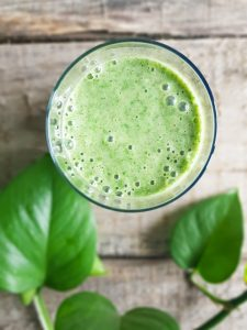 green-smoothie-peanut-butter-banana-3